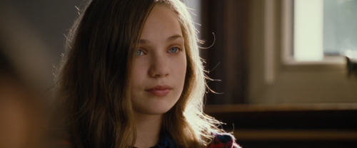 The-Book-of-Henry-Movie-Images-Maddie-Ziegler-768x379.png