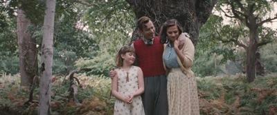 Christopher Robin Official Trailer 066.jpg